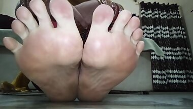 indian goddess feet